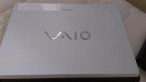Sony VAIO with sharp monitor