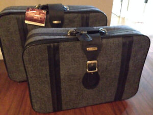 Fifth Avenue Luggage Set - *Brand New