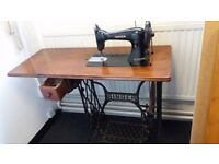Vintage 1930's 15K Singer Treadle Sewing Machine