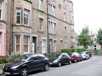 1 bedroom fully furnished top floor flat to rent on Viewforth Gardens ,Bruntsfield ,Edinburgh