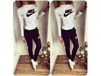 Woman tracksuit Nike