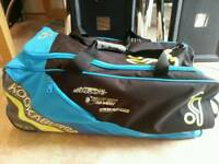 Junior cricket bag good condition