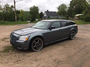 2007 Dodge Magnum for trade
