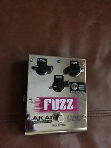 AKAI Fuzz pedal