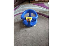 Whinnie The Pooh Baby Bath tub and Bath Seat