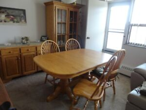 Solid Oak Mennonite made table (large) and six chairs