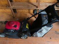 Honda HRX 476 Petrol lawnmower. Quick sale required!