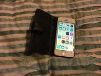 iPhone 5 white 64gb Unlocked