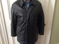 Medium to Large Black Leather Men's Zipped Jacket