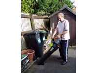 LEAF VACUUM & BLOWER £20 ONLY -VERY GOOD WORKING ORDER-PRIVATE SALE-COME & TRY IT OUT (BH6 3ER)