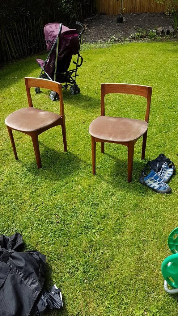 Wood chairs retro vintage