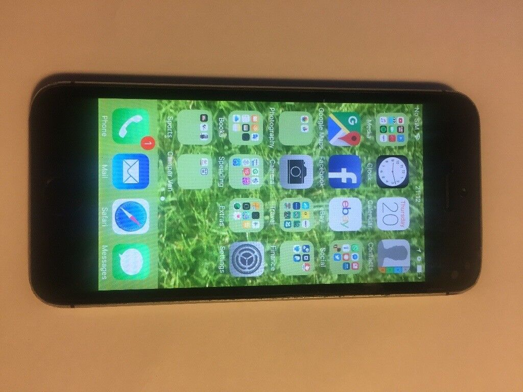 iPhone 5s 32gig unlocked no cracksin Whiston, South YorkshireGumtree - Here is my old iPhone 5s for sale due to upgrading. Its the 32gig model so plenty of storage for music, photos & documents. It is in a used condition but has no cracks or smashed glass screen or back panels. Wifi, Bluetooth, 4g & Touch ID all work...