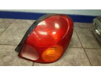 2001 TOYOTA COROLLA TAIL LIGHT DRIVER OFF SIDE DIESEL OR PETROL COMPLETE