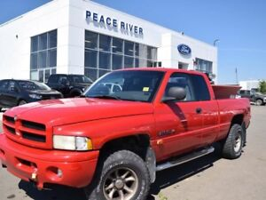 2001 Dodge Ram 1500 ST 4x4 Quad Cab 138.7 in. WB
