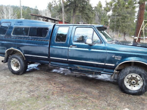 1996 Ford E-250 Pickup Truck
