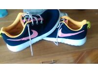 Nike girls trainers size 5.5