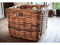 RUSTIC Large Square Rattan Wicker Basket with Handles - LOGS/TOYS STORAGE/COFFEE TABLE (CAN DELIVER)
