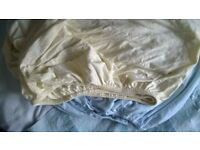 2x fitted sheets for cot - £4