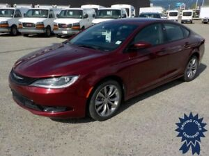 2016 Chrysler 200 All Wheel Drive - 31,335 KMs, 3.6L V6 Gasoline