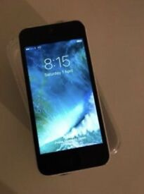 iPhone 5c in White Unlocked & Boxed