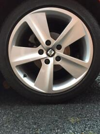 "17"" Dynamic Alloys & tyres"