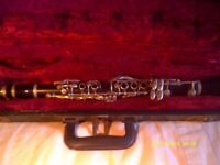 "IMPERIAL E flat CLARINET with MOUTHPIECE & CASE , THIS IS AN "" EBONITE "" VERSION"