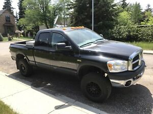 08 Dodge 2500 Power Wagon