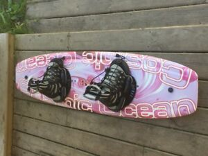 Ladies Wakeboard with Boots & Bindings