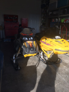 Looking to trade 2 sleds for a 5th wheel
