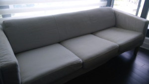 Beautiful 3 seaters sofa - Must See!