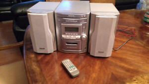 Panasonic SA-PM11 AM/FM, 5 CD stereo cassette compact system