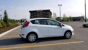 2013 Ford Fiesta SE very clean & low mileage