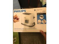 Philips 2 slice toaster ***BRAND NEW***