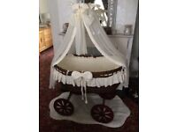 Mj mark baby crib excellent condition