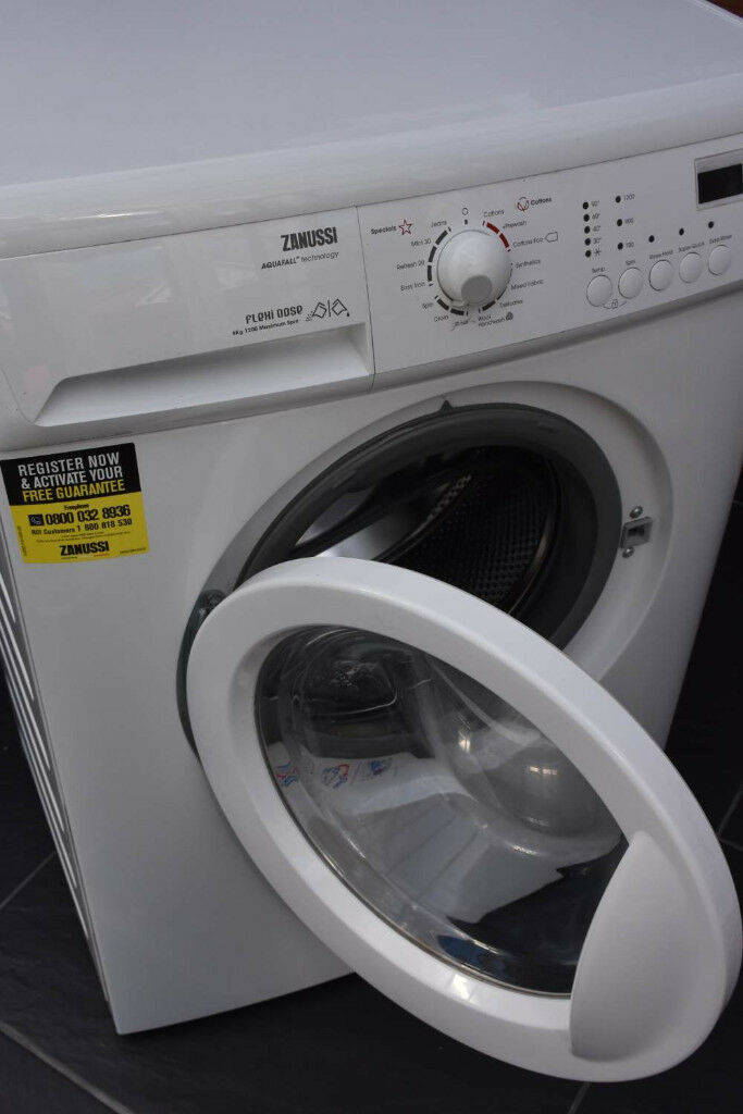 Washing Machine Zanussi Zwg7120k In Littlehampton West