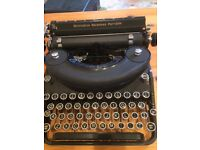 Vintage Remington Noiseless Portable Typewriter and Case