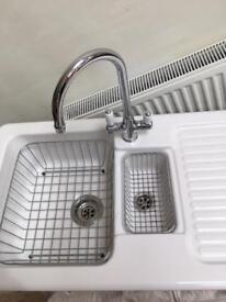 Villeroy & Boch Ceramic 1.5 Bowl Sink