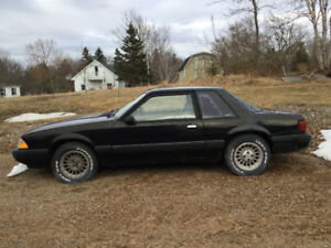 1989 Ford Mustang Coupe (2 door)