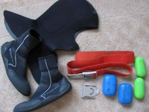 Cagoule, poids, bottes - Hoodie, weights  Scuba diving