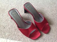 Red ladies shoes size 3.5