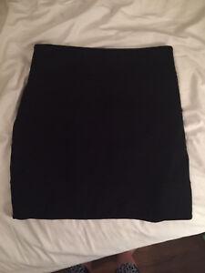 ARITZIA TALULA black skirt (size 6)