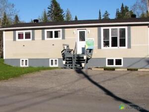 246 960$ - Bungalow à vendre à Gaspé