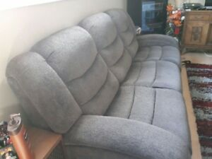 New 2 Peice Grey Recliner set