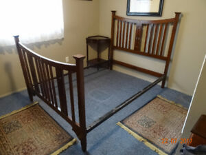 Antique Solid Wood Double Mattress Frame