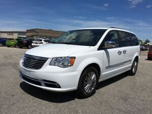 2016 Chrysler Town & Country Touring/CARPROOF CLEAN/SEATS 7/ LEA
