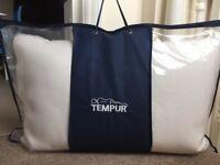 BRAND NEW Tempur comfort pillow. 74 x 50 cm. Still in original packaging