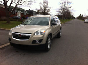 2008 Saturn OUTLOOK SUV Great condition 8 Seats.