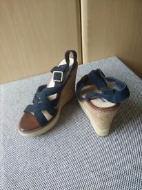 Dune Platforms - UK Size 8