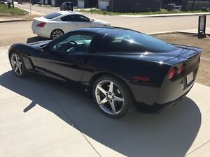 2007 Chevrolet Corvette! Black on Black! PRIVATE SALE! MINT COND