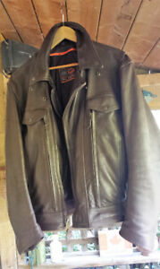CLASSIC LEATHER JACKET MEN'S MEDIUM - free chaps included
